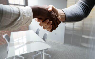 Aide aux employeurs qui recrutent en apprentissage